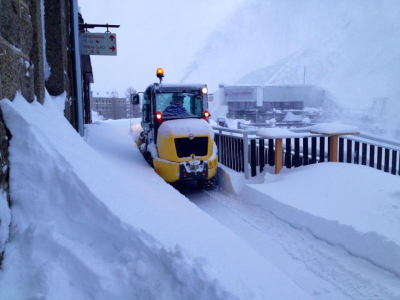 Observations neige dans le massif et la vallée - Page 5 31279710