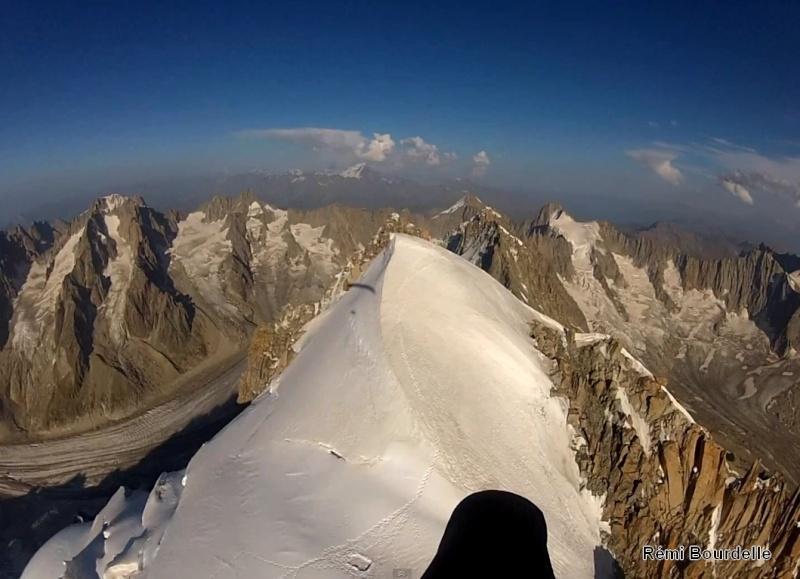 Le tour du Massif du Mont Blanc en Parapente par Rémi (chx974) Remi210