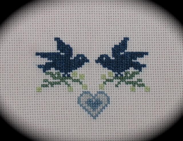 Deux Oiseaux et Un Coeur Broder66