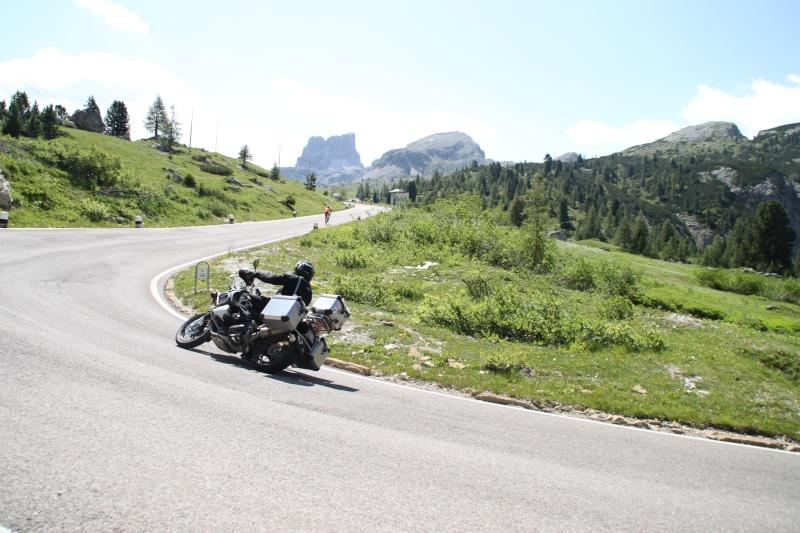 Et si... Nous allions voir les lacs italiens Dolomi16