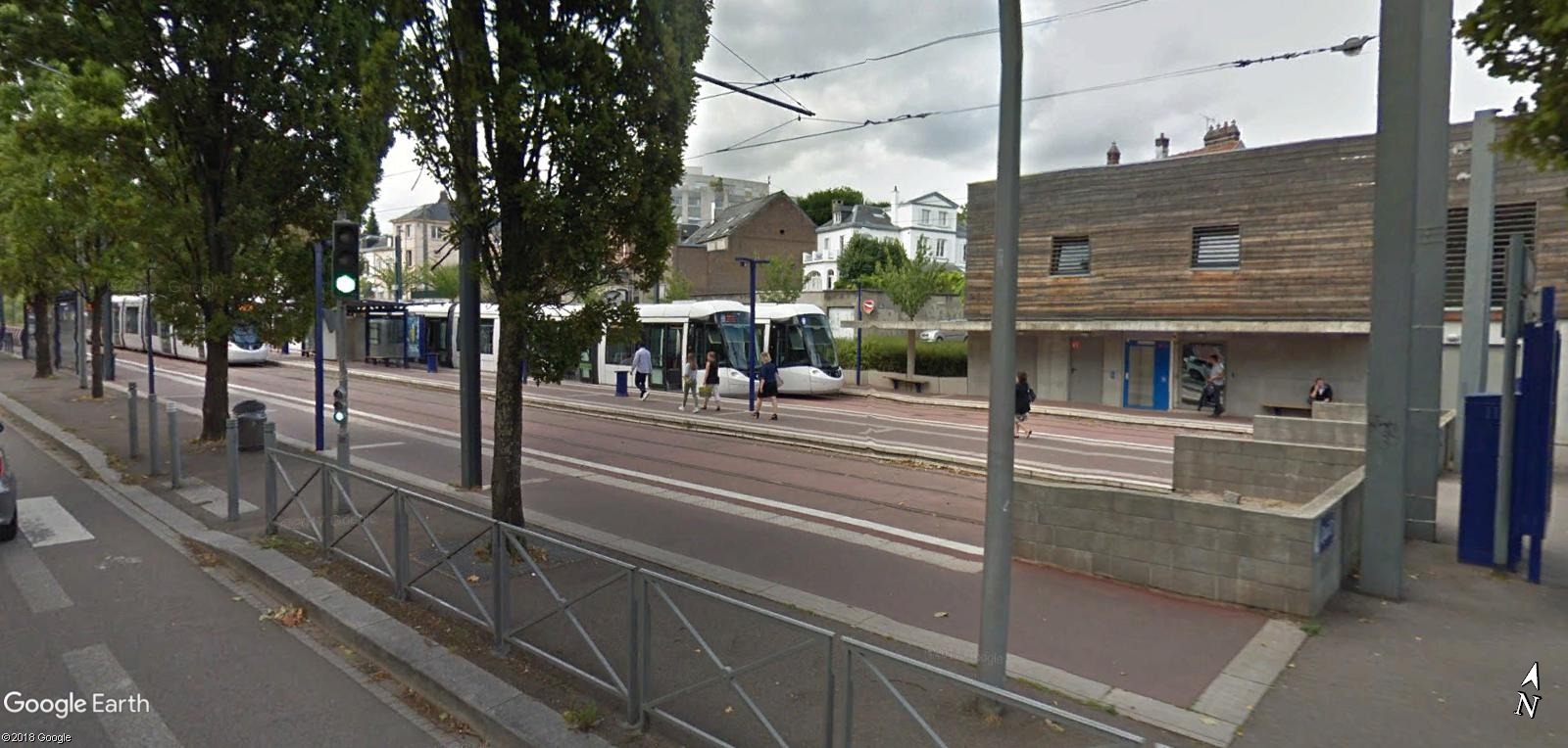 STREET VIEW : les tramways en action - Page 4 Boulin10
