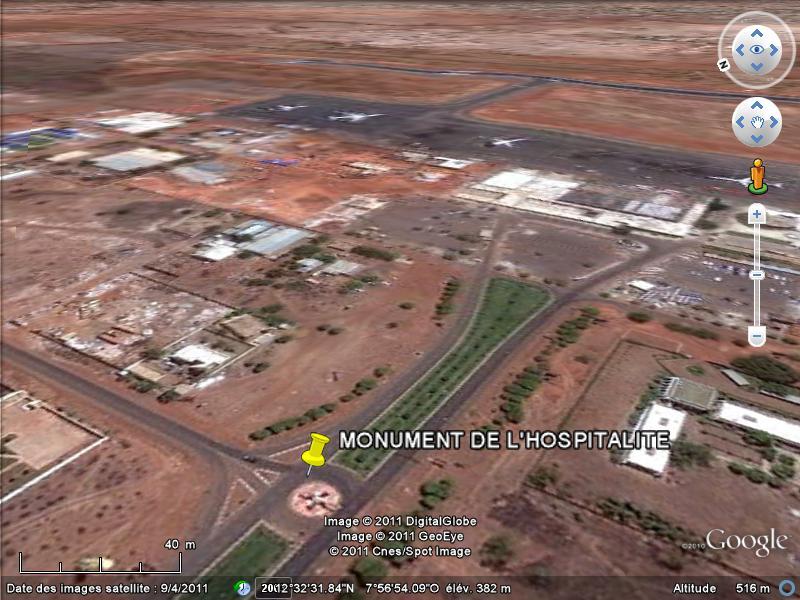 [MALI] - Les monuments sur les ronds-points de Bamako - Page 2 J1-hos10