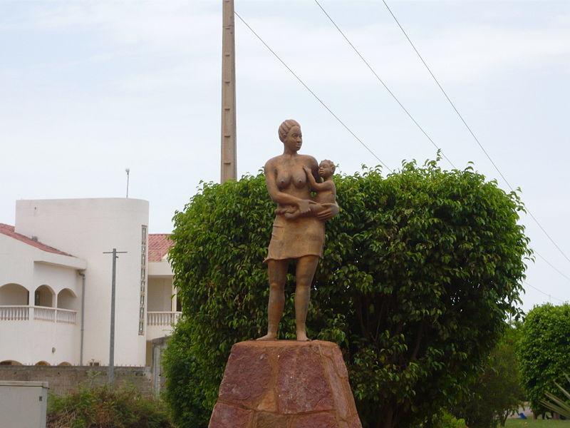 [MALI] - Les monuments sur les ronds-points de Bamako K2-mat10