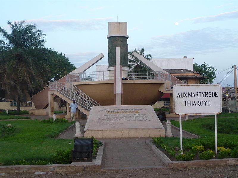 [MALI] - Les monuments sur les ronds-points de Bamako M2-thi10