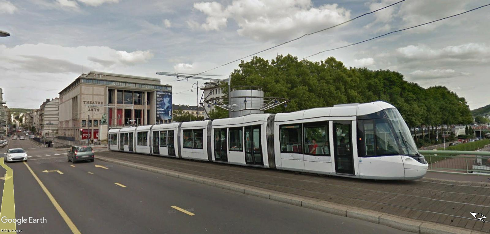 STREET VIEW : les tramways en action - Page 4 Tram11