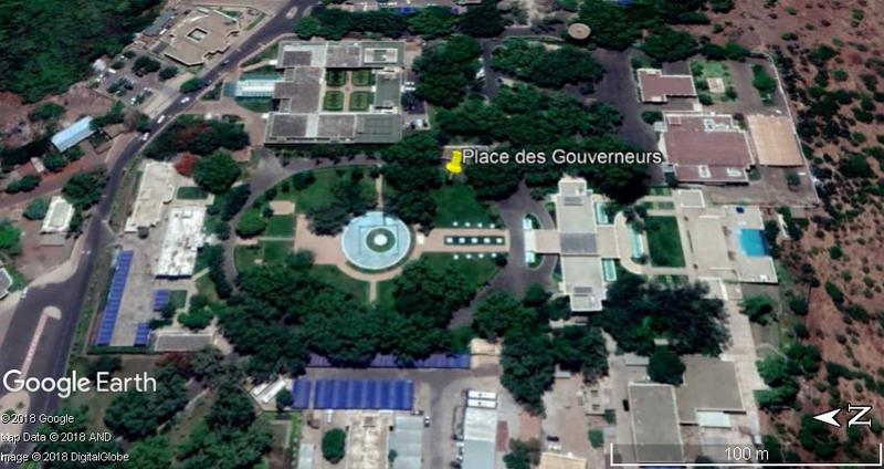 [MALI] - Les monuments sur les ronds-points de Bamako W1-pla10
