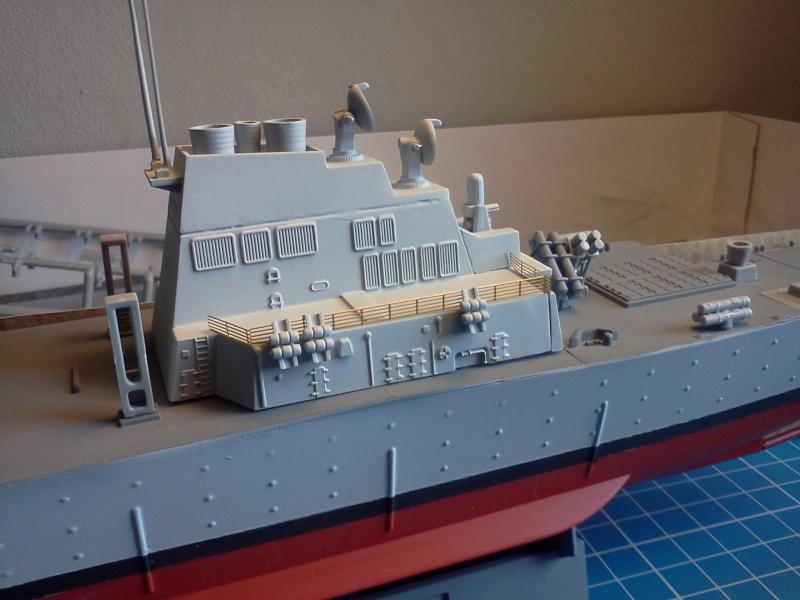 USS Arleigh-Burke DDG51 Dragon 1/350 - Page 2 Img20197