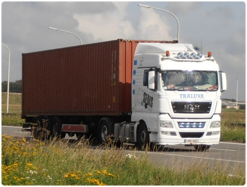 Transports Traluva (B)  P9140020