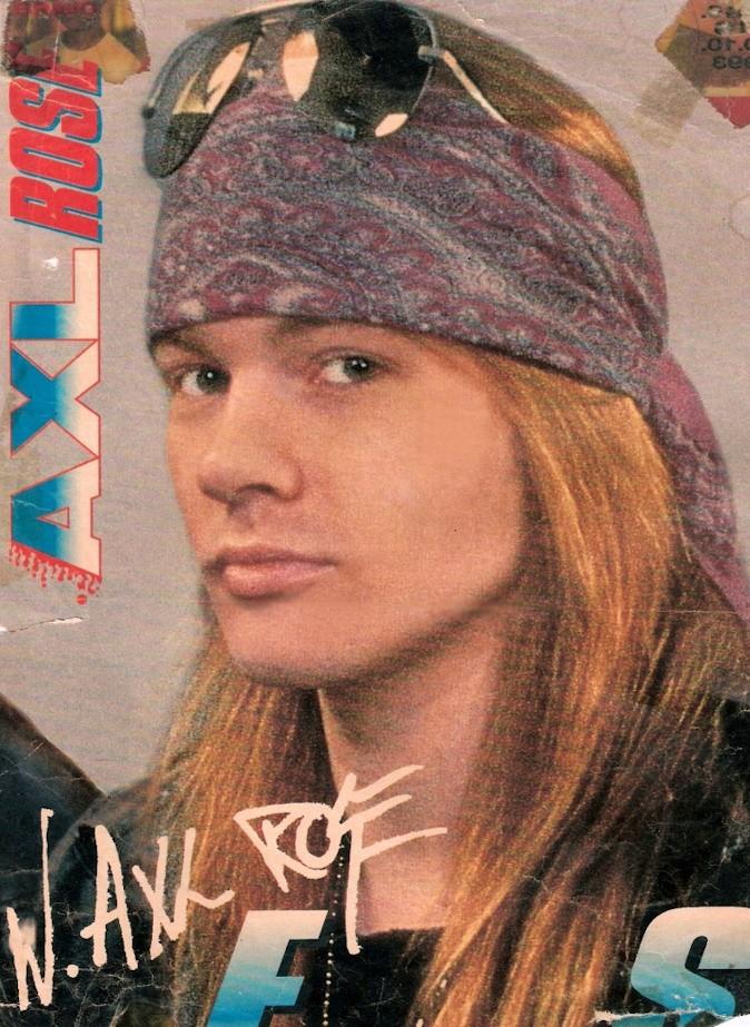 Axl Rose cuando era sexy y ...ahora Axlros11