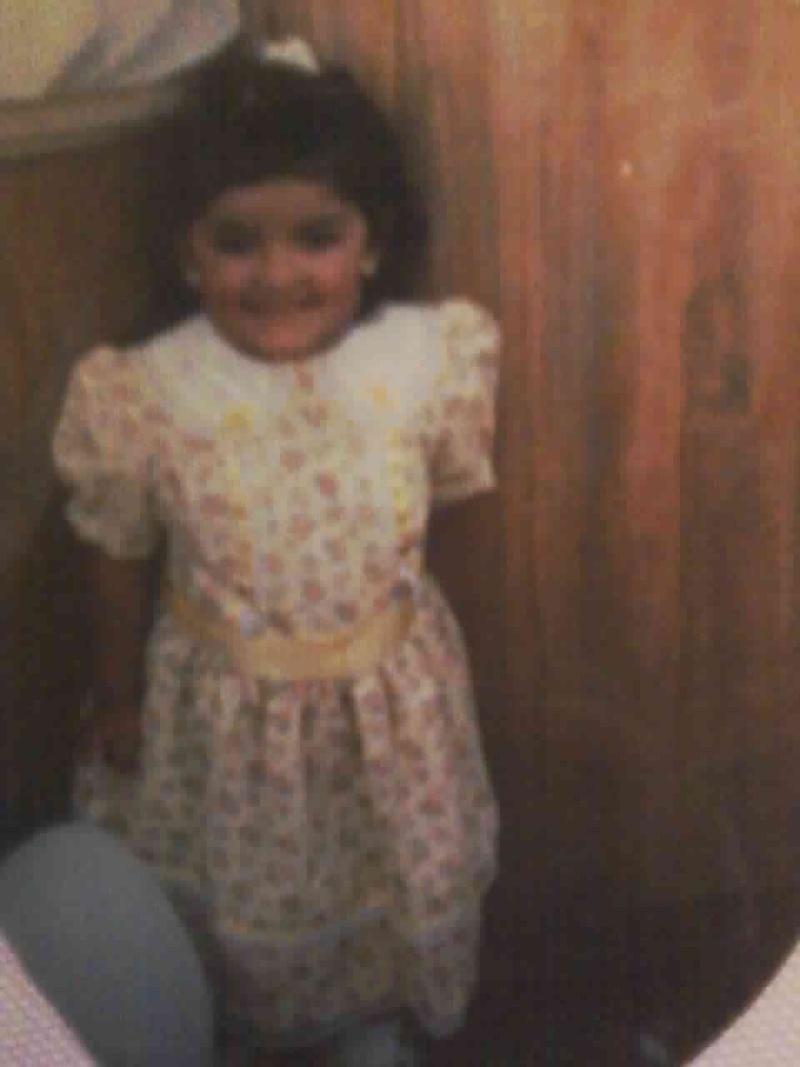 Cuando era una niña inocente XD! Foto_a18