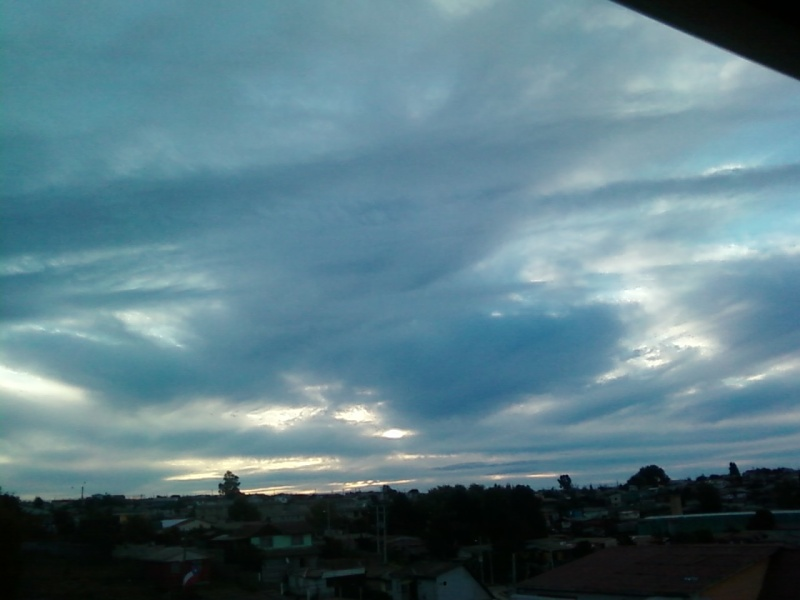 Nubes Extrañas..(segun yo xd) Foto_a50