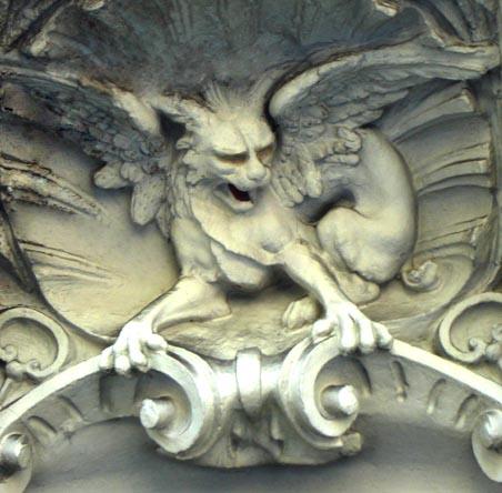 Gárgolas: guardianes frente al mal Gargol16