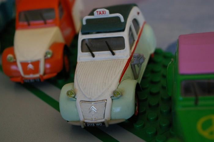 03 - Citroën ( Les Anciennes Avant 1990 )  2cv_ta10