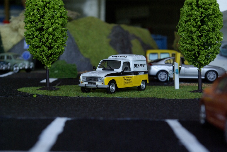 Renault  _igp1136