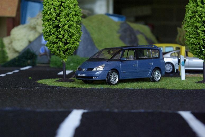 Renault  _igp1240