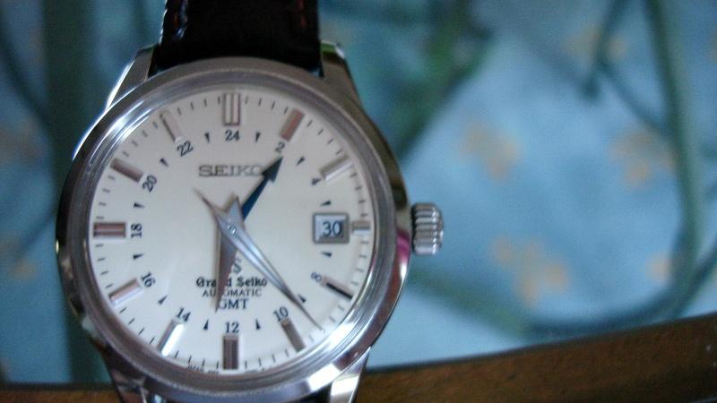 montres de + de 1000 euros - Page 4 Dsc02822