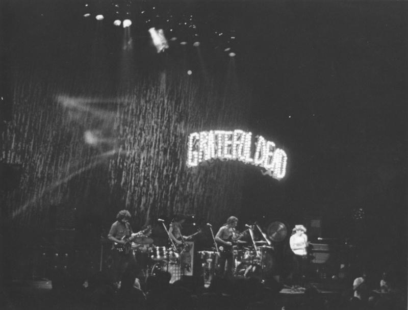 Grateful Dead - Pics 19690615