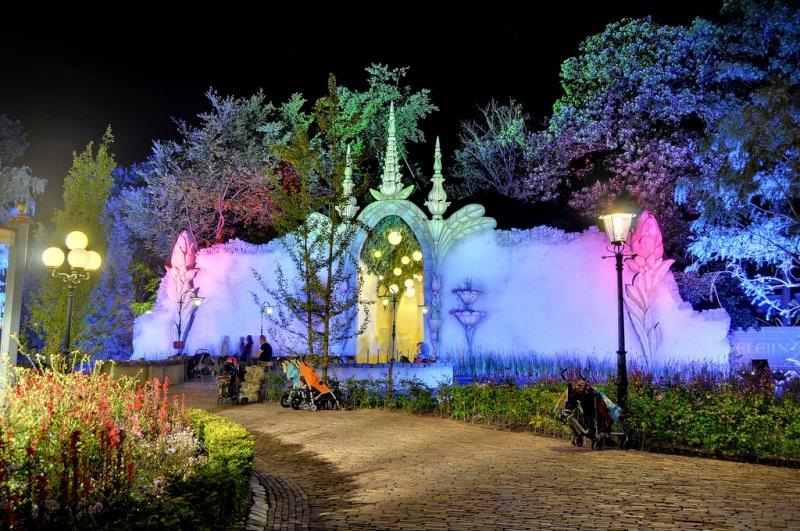 Quel parc en Europe aussi féérique que Disney? Efteli24