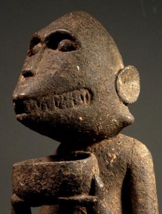 Baoulé people, Gbèkrè, Monkey Figure (Mbotumbo), Ivory Coast Gbakra15