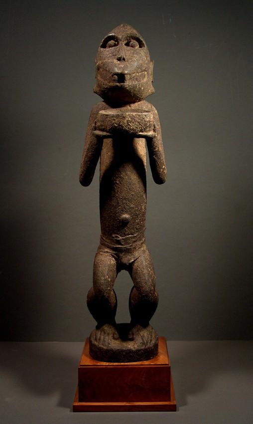 Baoulé people, Gbèkrè, Monkey Figure (Mbotumbo), Ivory Coast Gbakra17