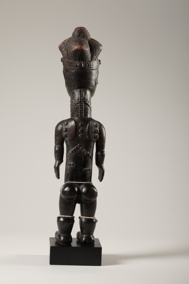"Anyi or Agni People, Subgroup Alangwa, Female Statue,""Maître des Couronnes"", Southeastern Ivory Coast Img_0016"