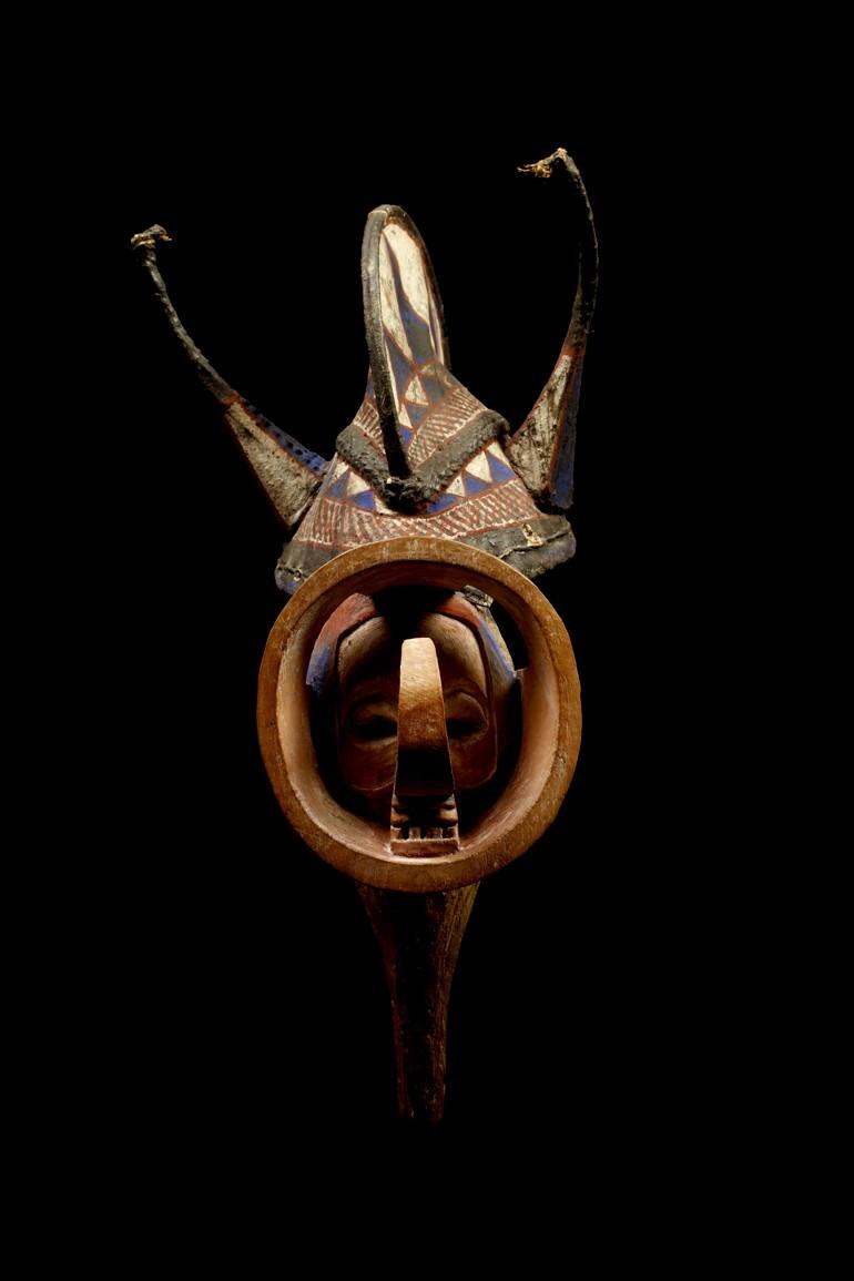 Yaka people, Kholuka mask, Democratic Republic of Congo Yaka_010