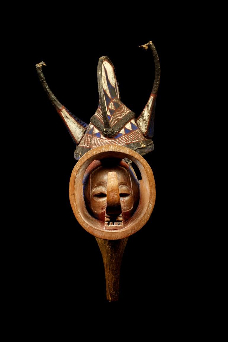Yaka people, Kholuka mask, Democratic Republic of Congo Yaka_012