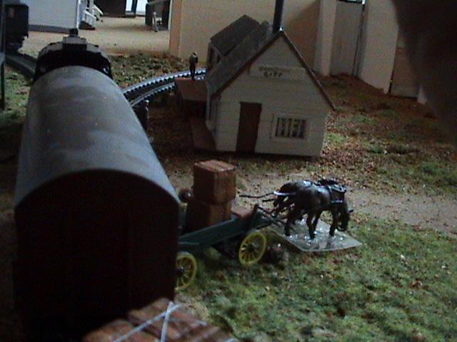 Little House Miniature Models - Page 2 L810