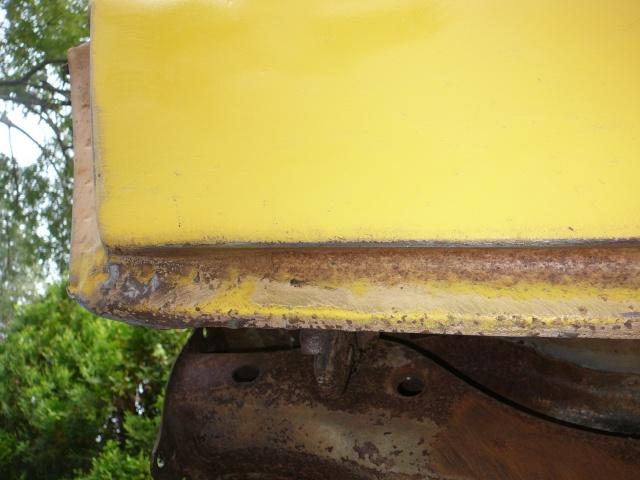 Rear rocker trim. P1000926