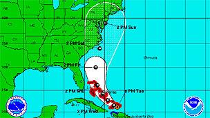 Huracán Irene continúa su paso a través del Caribe 11082410