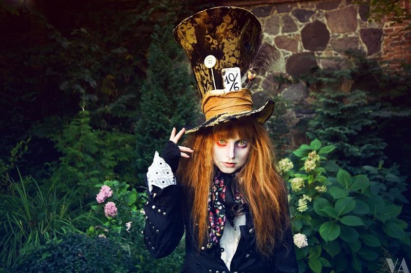 Cosplays Alice in Wonderland. 1313