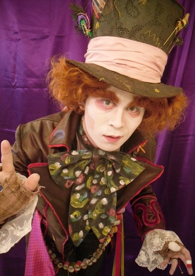 Cosplays Alice in Wonderland. 318