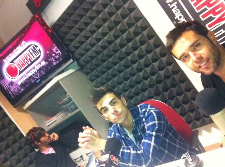 Jaime : Happy fm radio : Algo pasa con Angy  3_bmp11