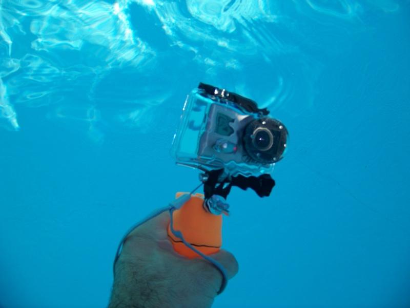Poignée-flotteur-porte monnaie sports nautiques (pas subaquatiques) pour moins de 3 € 105_4713