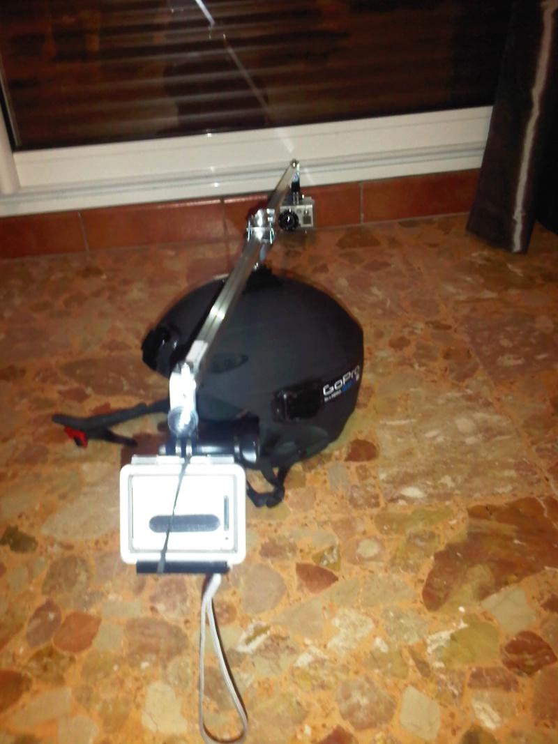 Montage 360° sur casque (type swivel mount) Img-2052