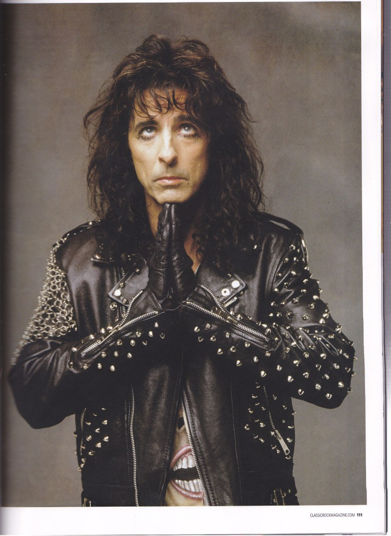 Alice Cooper - Page 8 Img_0042