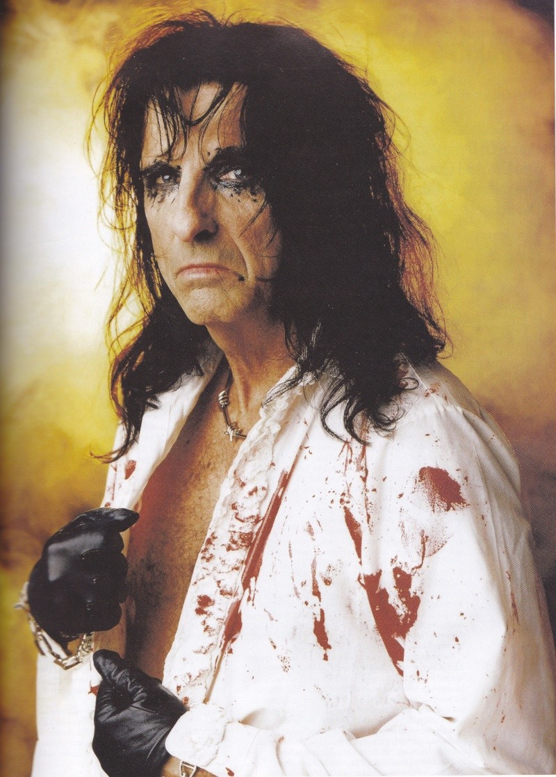 Alice Cooper - Page 8 Img_0043