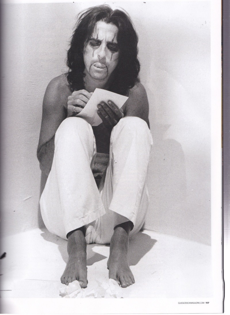 Alice Cooper - Page 8 Img_0044