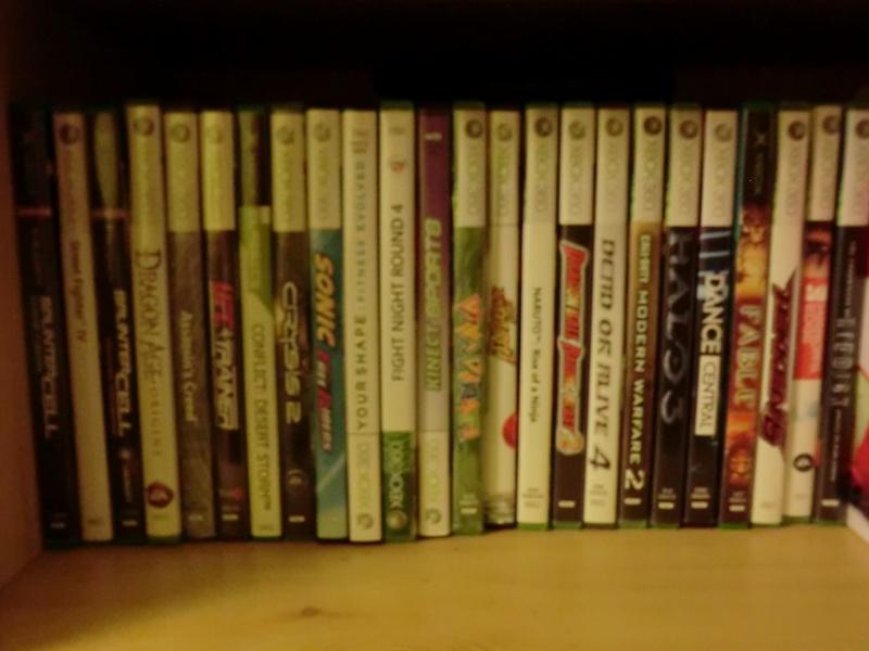 Votre collection d'objet personnel ( Manga, jeux, etc ... ). Cimg0110