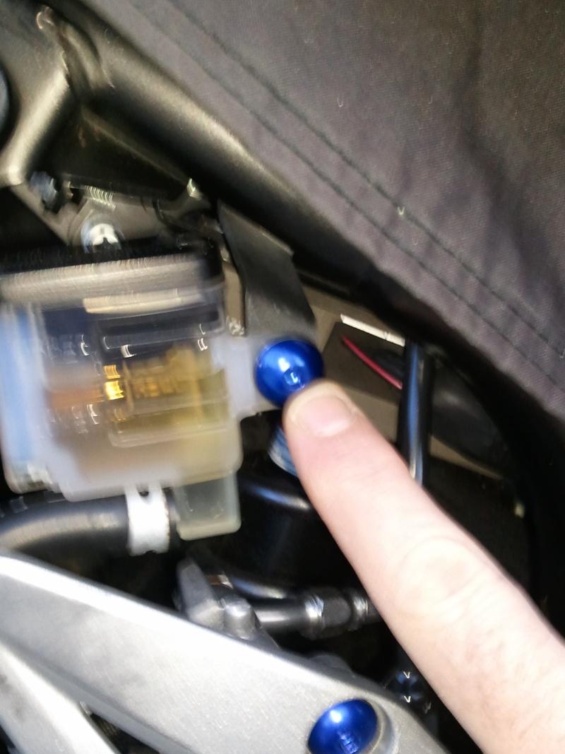 Changer pédale de frein 20120618