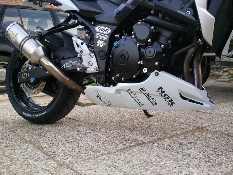 Sabot moteur : choix bien difficile 20120625