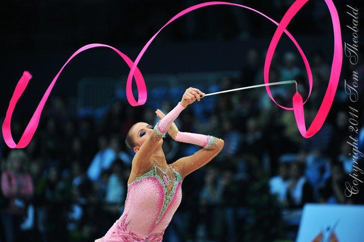 Vos photos favorites de gymnastes ! 25432410