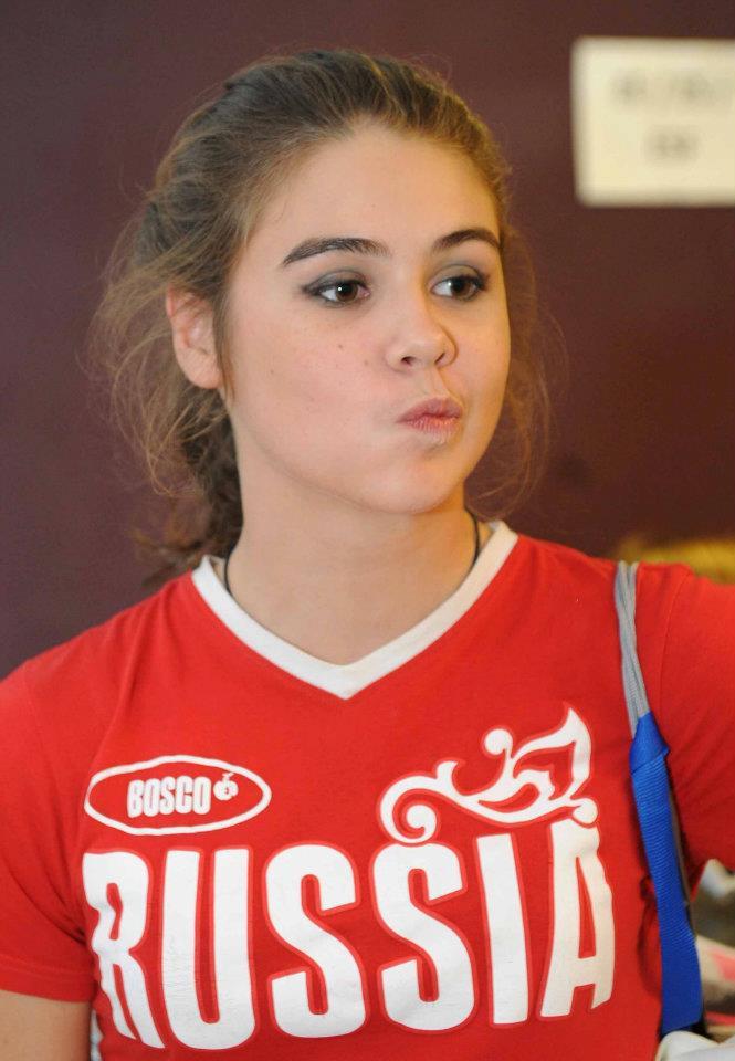Alexandra Merkulova - Page 2 30014610