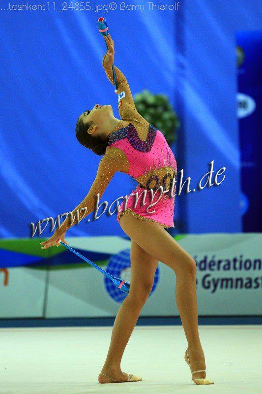 Yulia Sinitsina 32983011