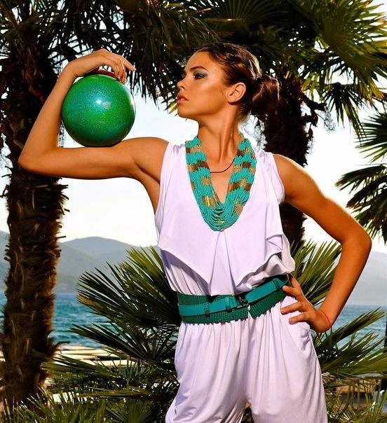 Alexandra Merkulova - Page 2 X_27e610