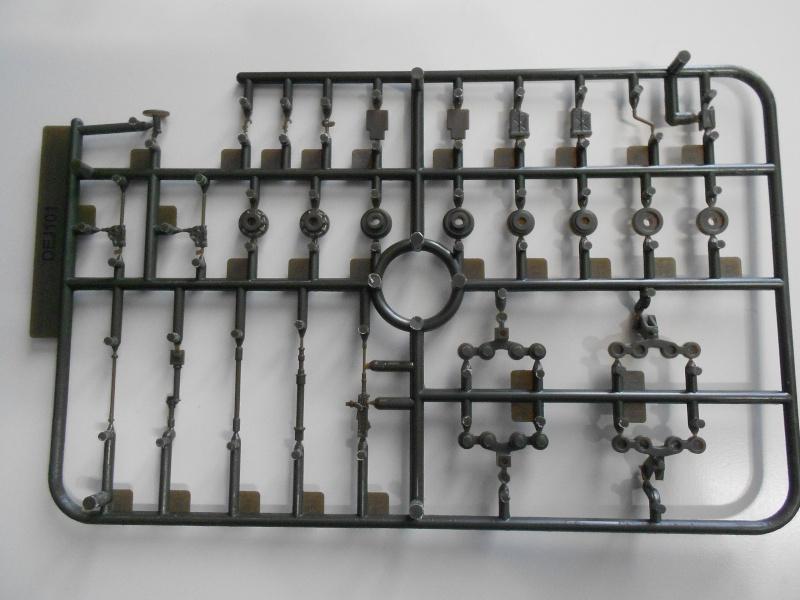 M3A1 Half-Track [Unimax 1/72] par Nicolasdu09 et M16 anti-aérien [Revell 1/76] par Panzer ==> Les faux jumeaux. Dscn0710