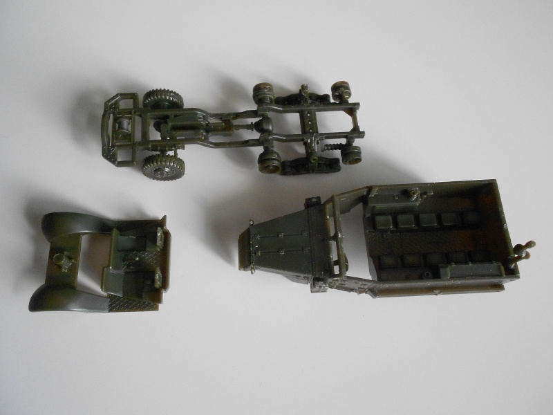M3A1 Half-Track [Unimax 1/72] par Nicolasdu09 et M16 anti-aérien [Revell 1/76] par Panzer ==> Les faux jumeaux. Dscn0811