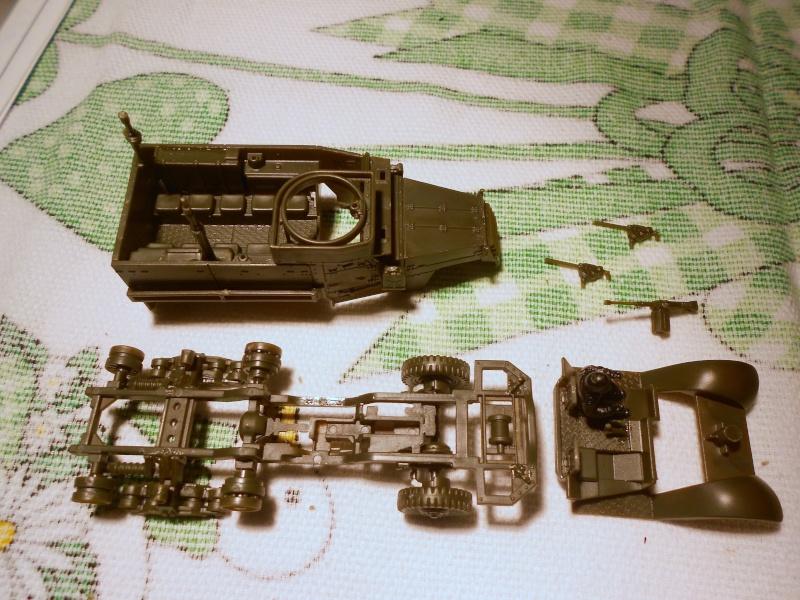 M3A1 Half-Track [Unimax 1/72] par Nicolasdu09 et M16 anti-aérien [Revell 1/76] par Panzer ==> Les faux jumeaux. - Page 2 Dscn0825