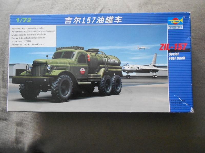 ZIL-157 fuel truck (Trumpeter 1/72) Dscn0943