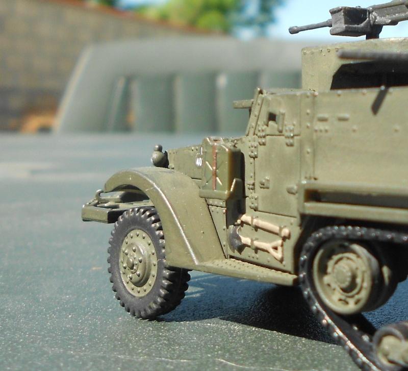 M3A1 Half-Track [Unimax 1/72] par Nicolasdu09 et M16 anti-aérien [Revell 1/76] par Panzer ==> Les faux jumeaux. - Page 3 Dscn1120
